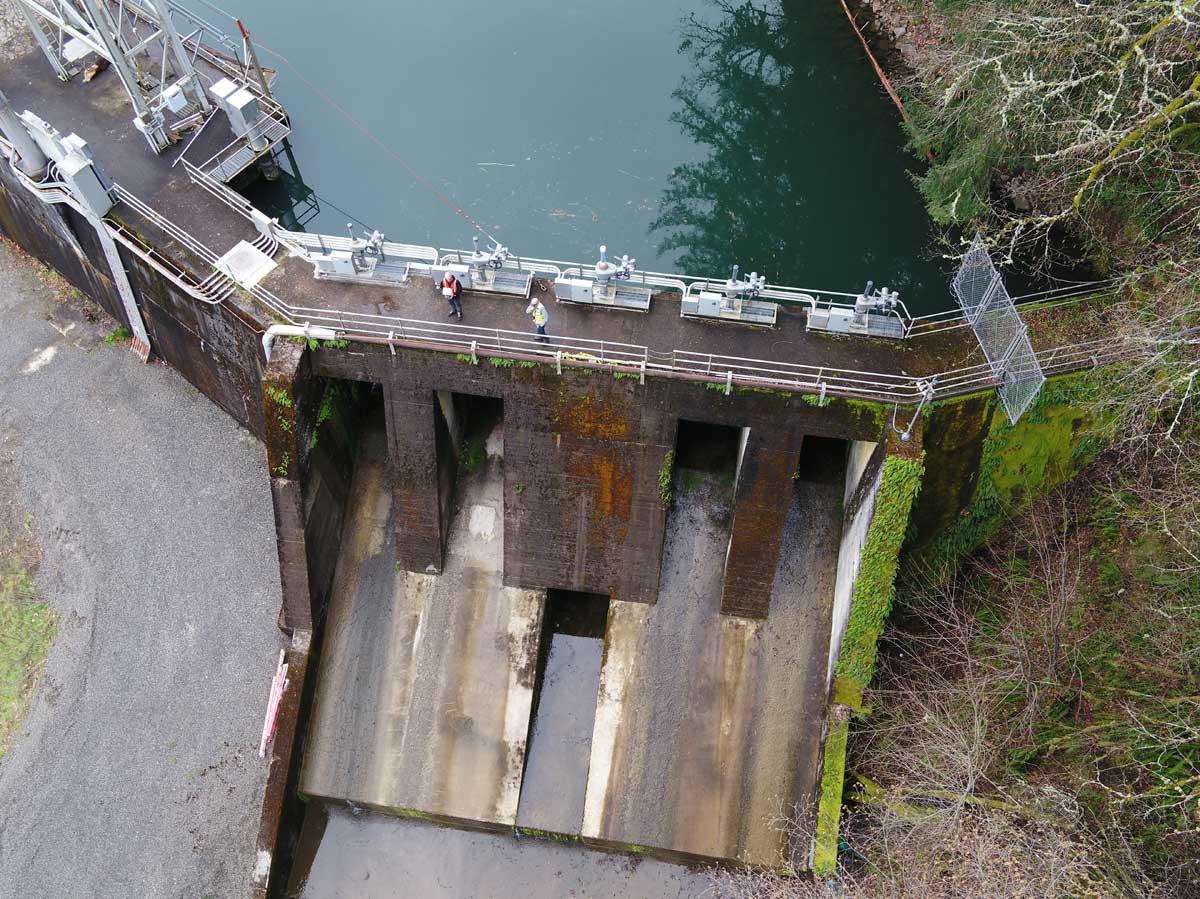 Dam Overhead